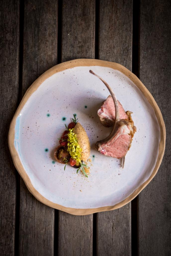 LivingRoom_lamb-cafe-de-paris